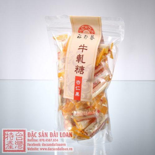 Keo nougat hanh nhan Yu Jan Shin